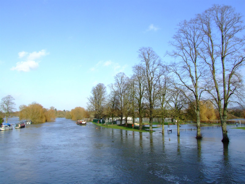 FLOODS AT WALLINGFORD by Gordon Wilson